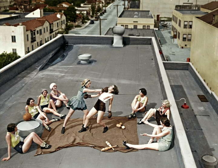 Women boxing on a roof, 1938 (2)